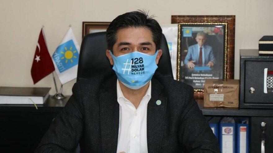 İYİ Parti'den '128 milyar dolar nerede' maskesi