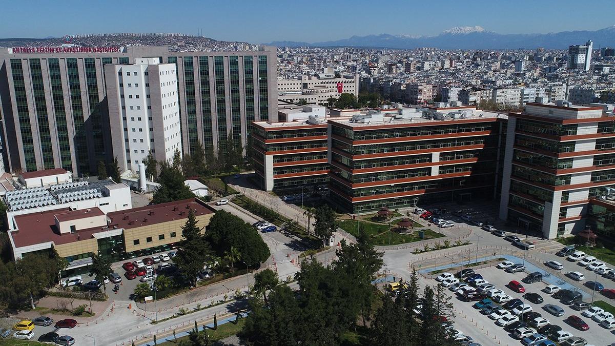 Hastanede akılalmaz olay! Yataktan iki kez düşen corona hastası hayatını kaybetti