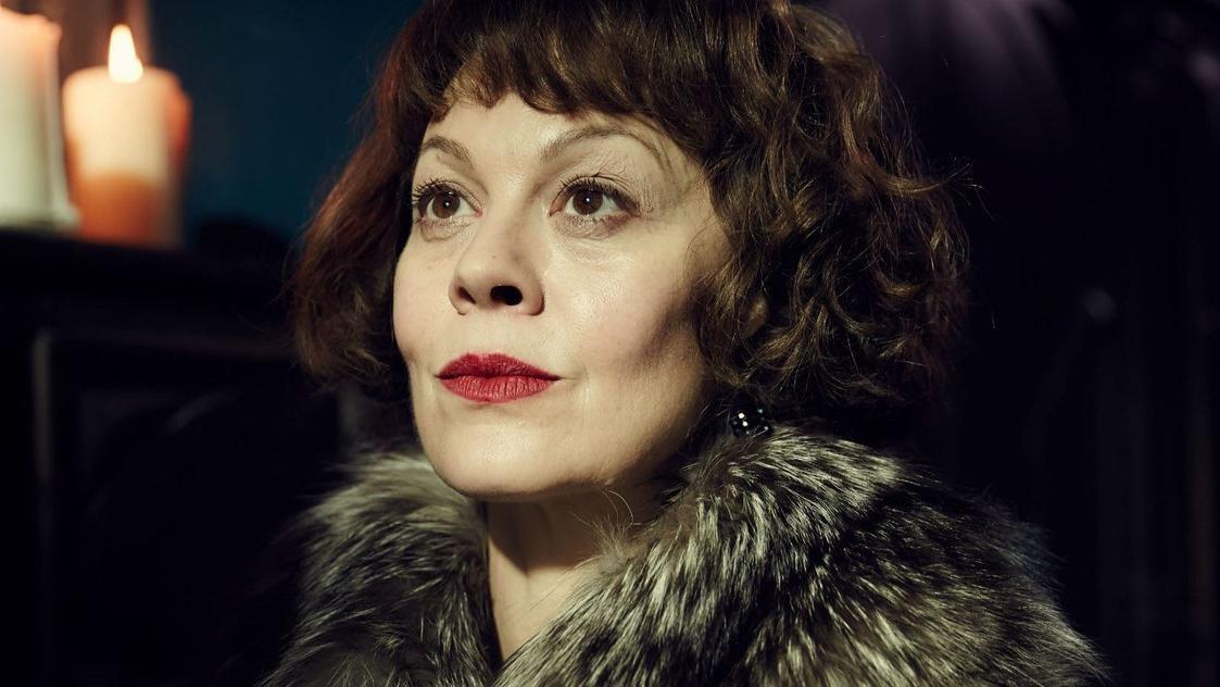 Ünlü oyuncu Helen McCrory kansere yenik düştü
