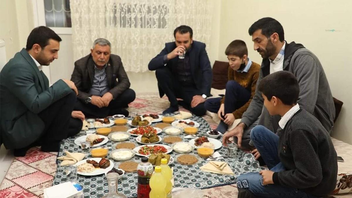 AKP'li il başkanı İçişleri Bakanlığı'nın uyarısını yok saydı