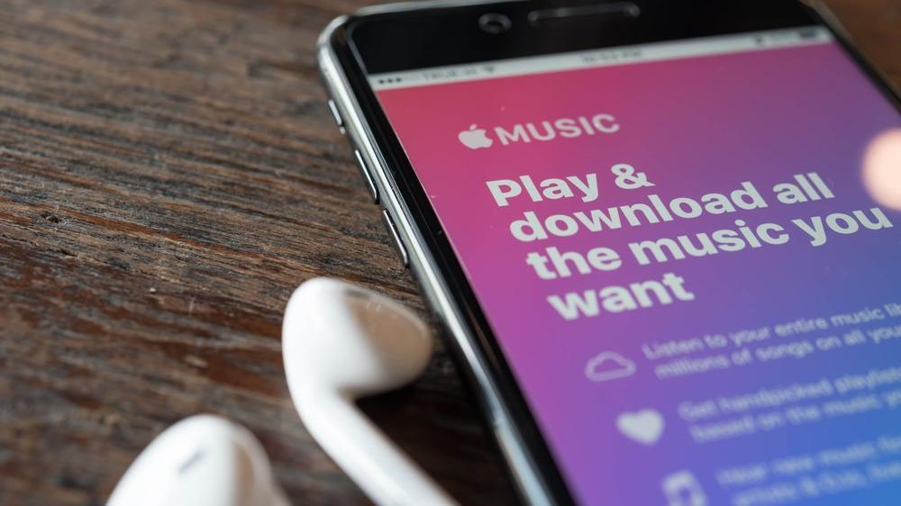 Apple Music, ücrette Spotify'ı ikiye katladı
