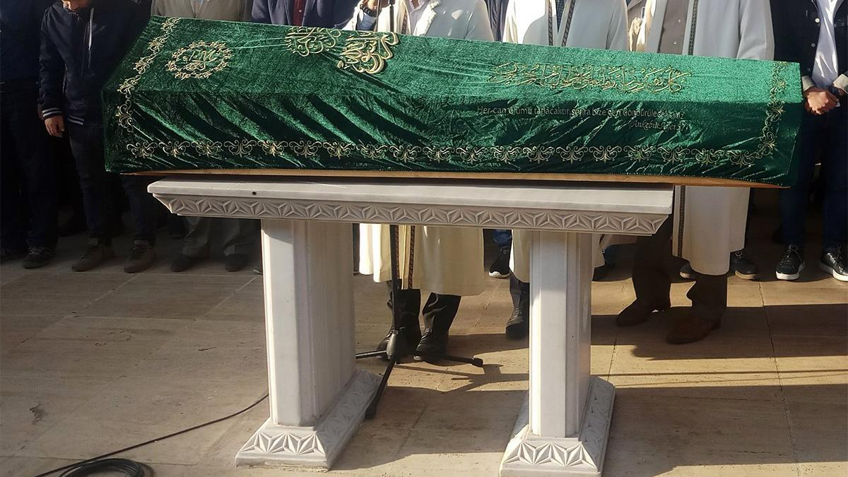 Valilik açıkladı! Camide cenaze namazı yasaklandı