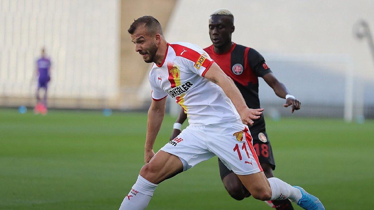 İki penaltı kaçtı Karagümrük ve Göztepe puanları paylaştı: 1-1