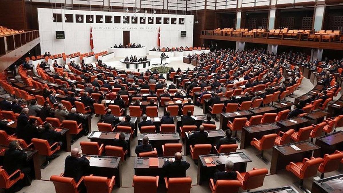 AKP'den Meclis'e 'Mısır'la dostluk grubu kurulsun' teklifi