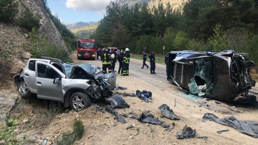 Adana'da feci kaza: 3 ölü, 3 yaralı – Sözcü Gazetesi