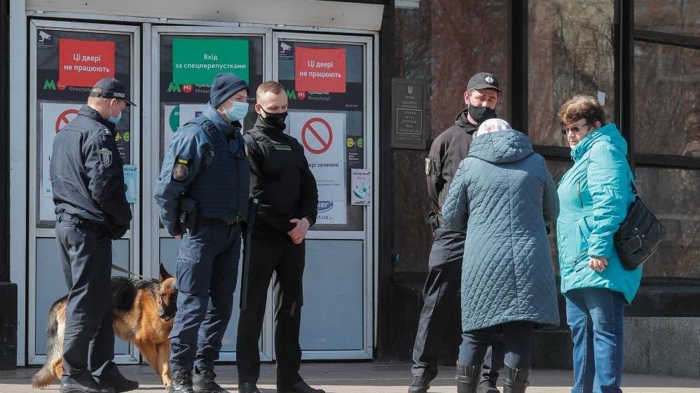 Ukrayna'da karantina yeniden uzatıldı