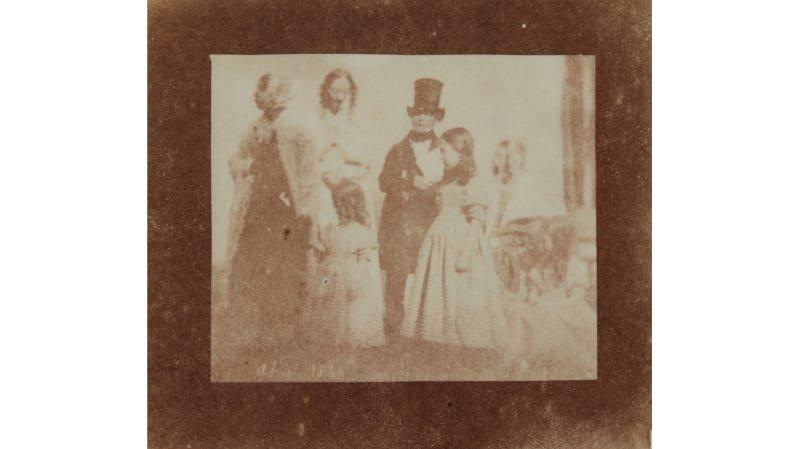Fotoğrafçılığın öncü isminin özel koleksiyonu satışa çıkıyor