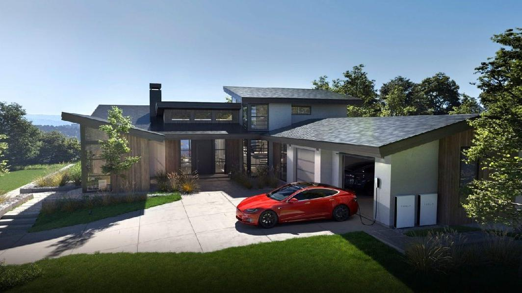 Tesla, Powerwall ile güneş enerjisi ürünlerini bir araya getiriyor