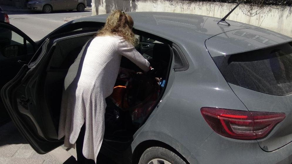 Sevgilisinden tehditler alan kadın, korkudan otomobilde yaşıyor