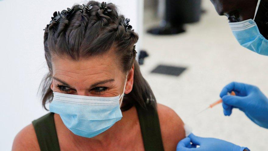 Tek doz corona virüsü aşısı yüzde 65 koruyor