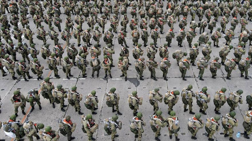 Rus askerleri geri çekiliyor
