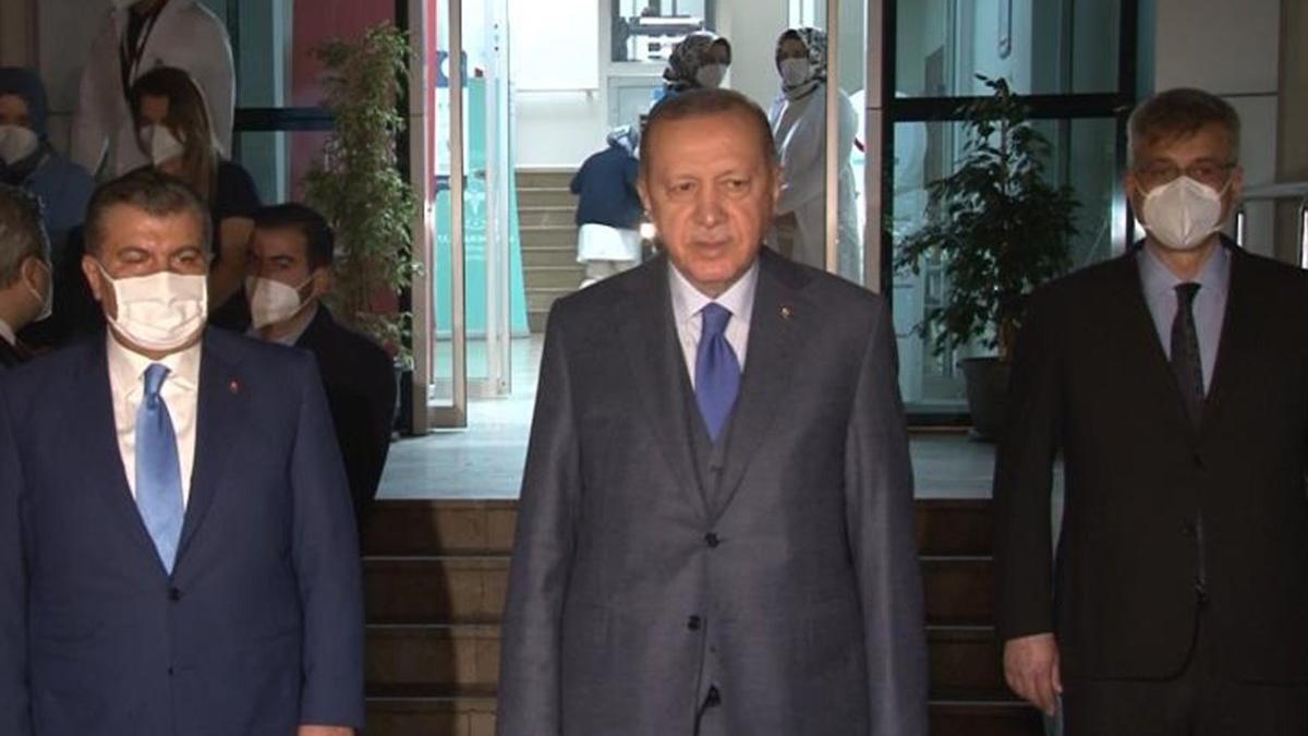 Cumhurbaşkanı Erdoğan: Sevgili Peygamberimizle komşu olacaklardır
