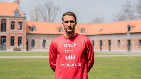"""BM, milli futbolcu Yusuf Yazıcı'yı """"Yoksullukla Mücadele Savunucusu"""" ilan etti"""