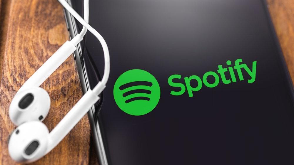 Spotify ve Apple arasındaki podcast savaşı devam ediyor