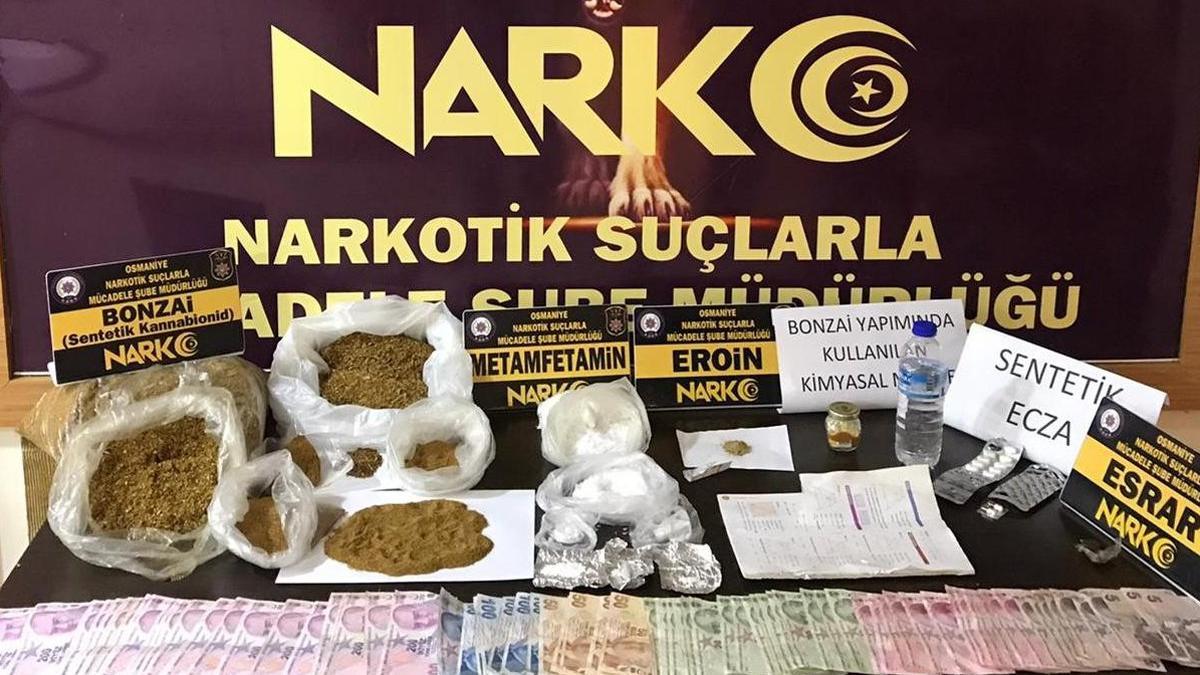 Firari satıcının evinden 300 bin liralık uyuşturucu çıktı