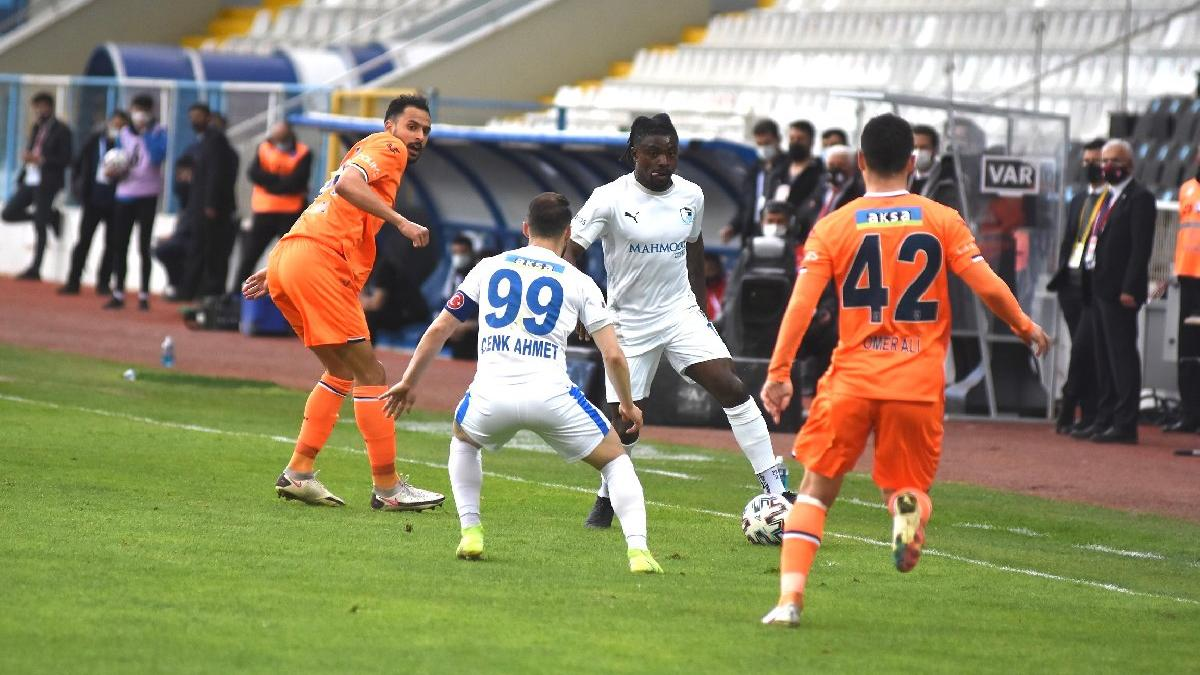 Erzurum'daki 6 puanlık maç Başakşehir'in!