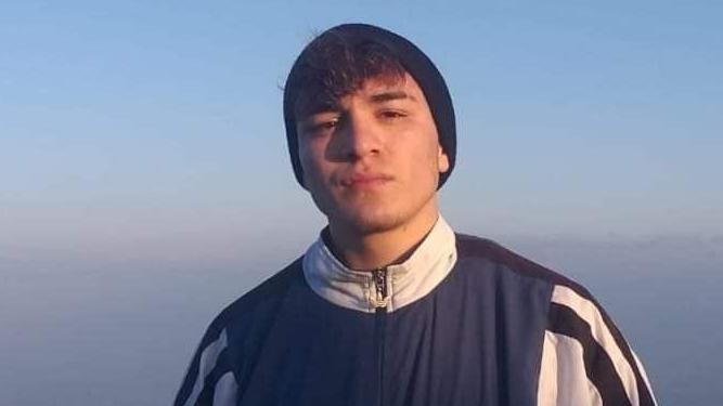 17 yaşındaki İsmail 'omuz atma' tartışmasında bıçakla öldürüldü