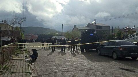 Tatvan'da silah,taş vesopalıkavga: 1 ölü, 3 yaralı