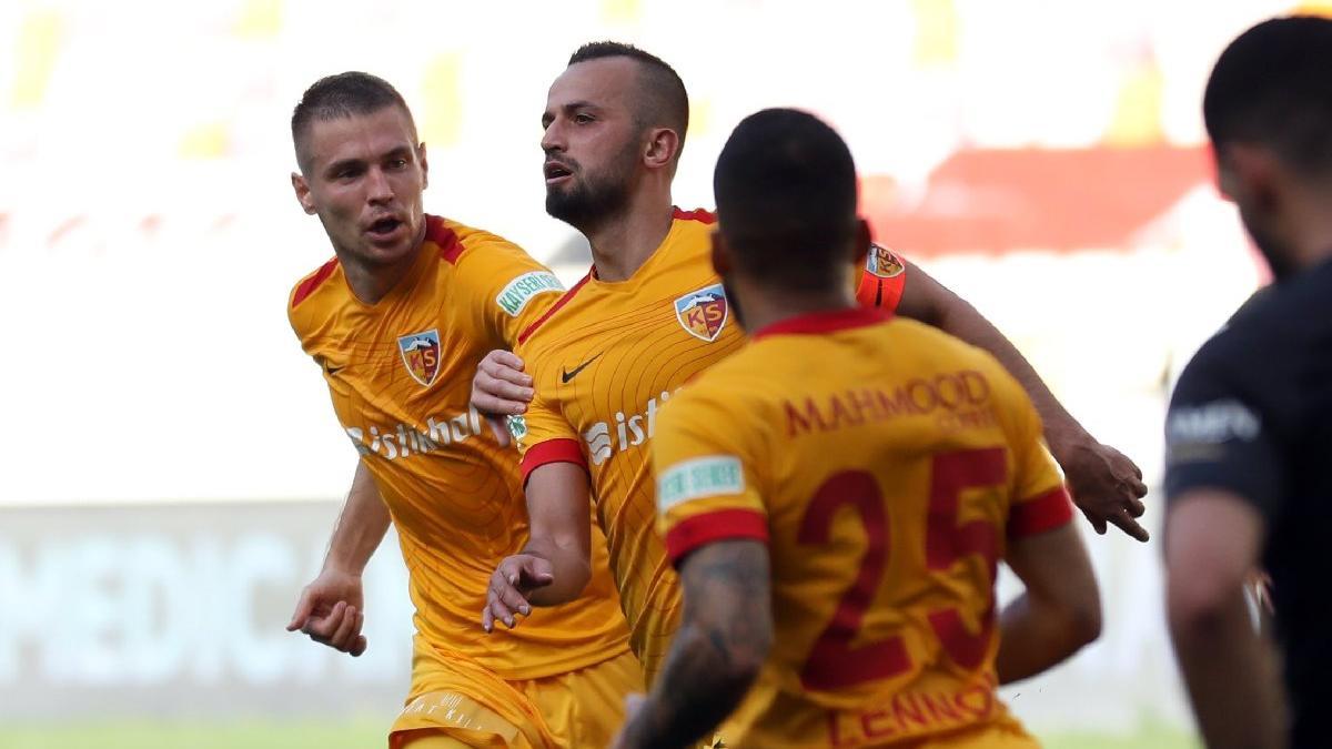 Kayserispor öne geçtiği maçta Yeni Malatya'ya puan verdi