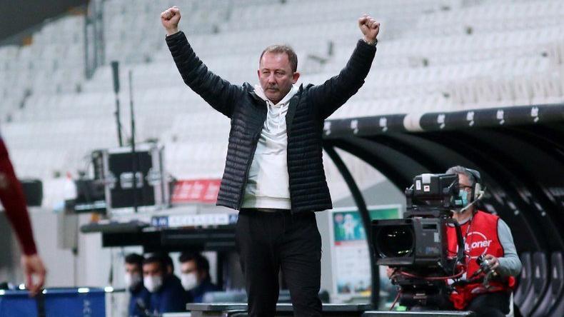 Beşiktaş kararı Sergen Yalçın'a bıraktı