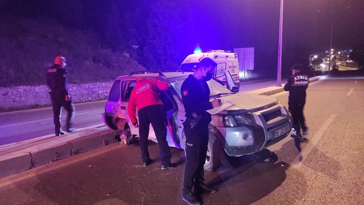 Sürücü uygulama noktasına daldı, polisler canını zor kurtardı