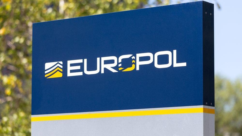 Europol'den 'Ndrangheta'ya büyük darbe: İtalya ve Almanya'da eş zamanlı operasyon
