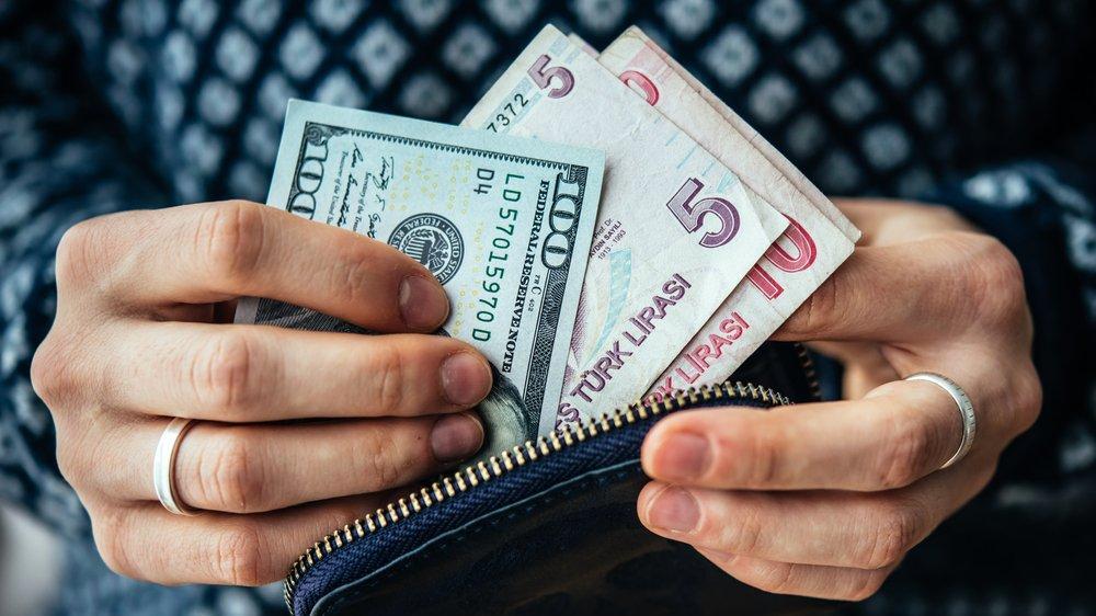 TCMB anketi: Dolar ve enflasyon beklentisi yükseldi