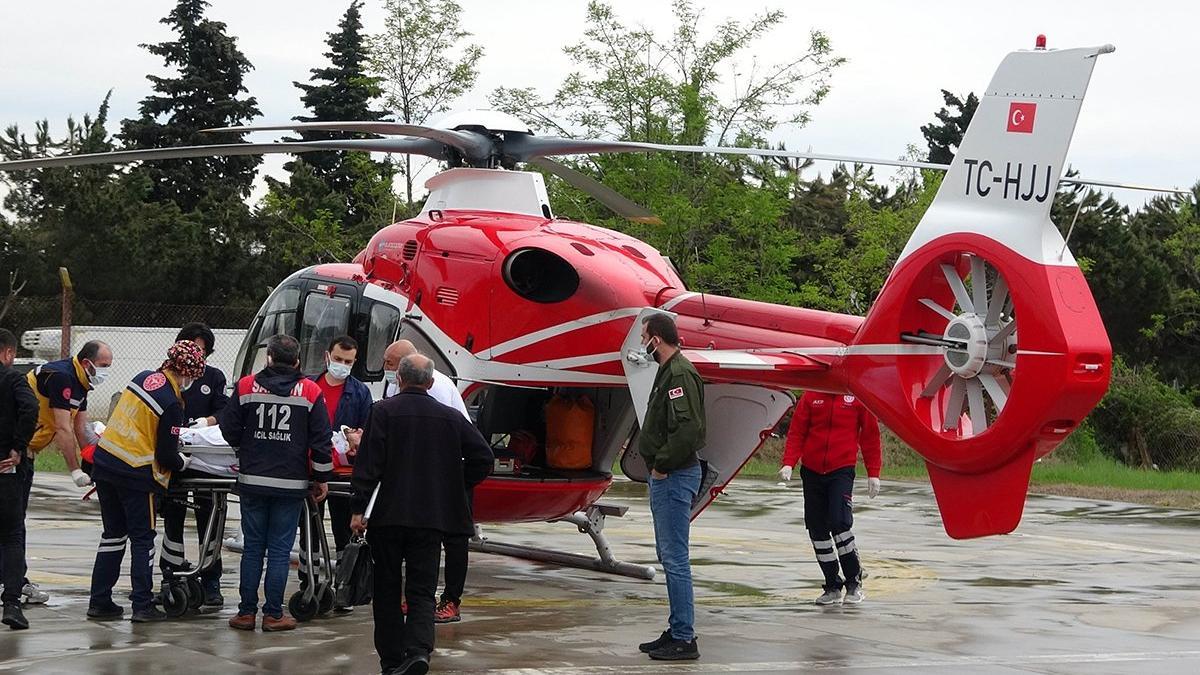 Ambulans helikopter bu kez sağlıkçı için havalandı