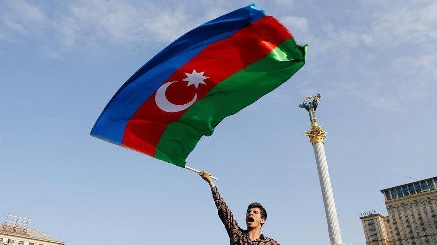 Azerbaycan'dan Fransa ve Kanada'ya tepki