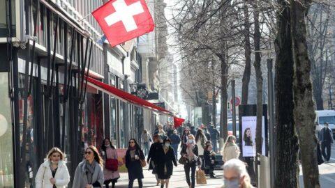 İsviçre'den Balkanlar'a karantina kalktı