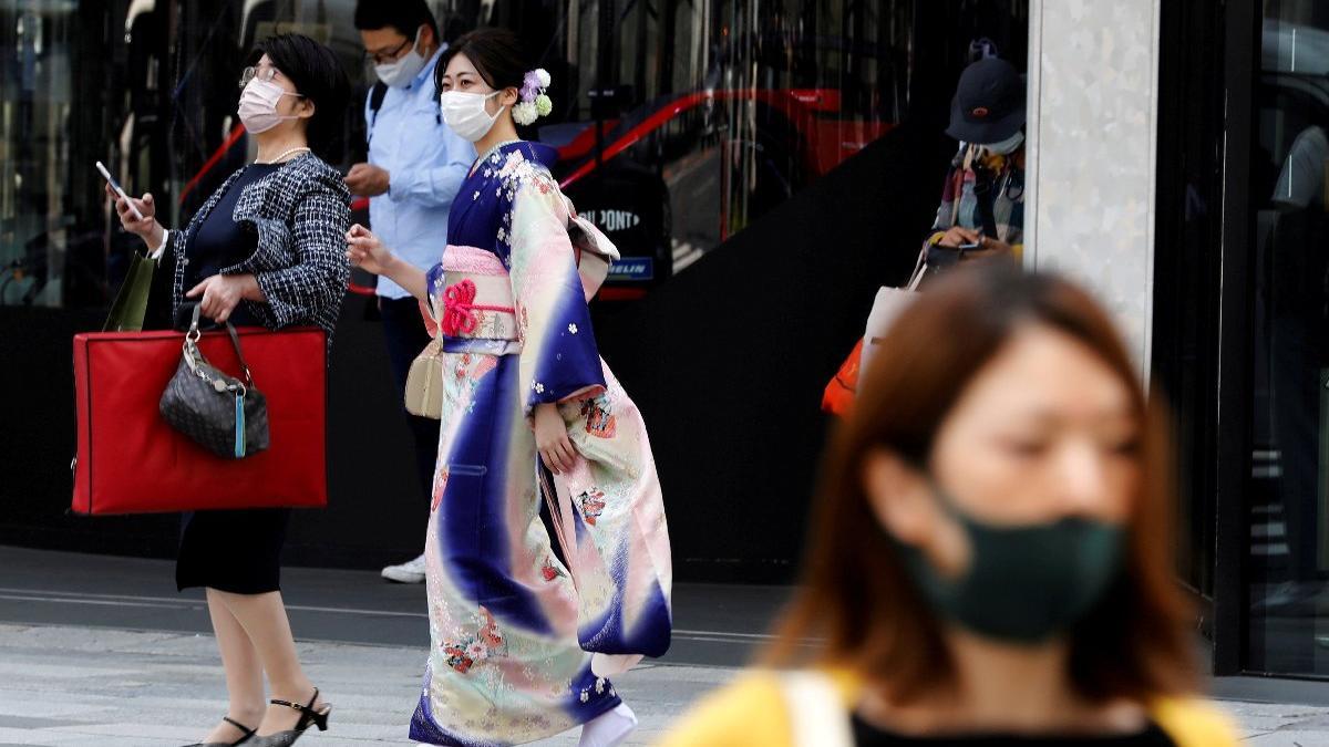 Japonya'da OHAL 31 Mayıs'a kadar uzuyor