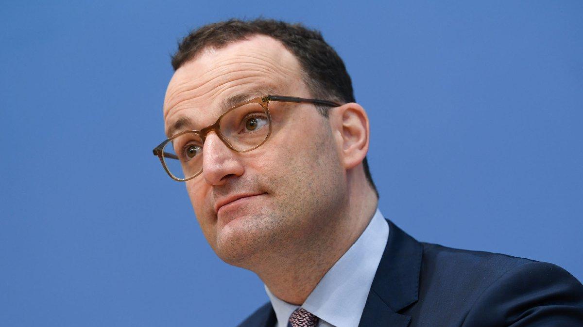 Almanya Sağlık Bakanı Spahn: Salgının üçüncü dalgası kırıldı
