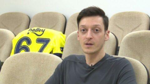 Burak Yılmaz ve Mesut Özil'den final mesajı