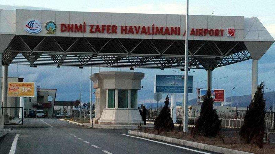 AKP'li vekil Zafer Havalimanı'nda devletin kâr ettiğini iddia etti