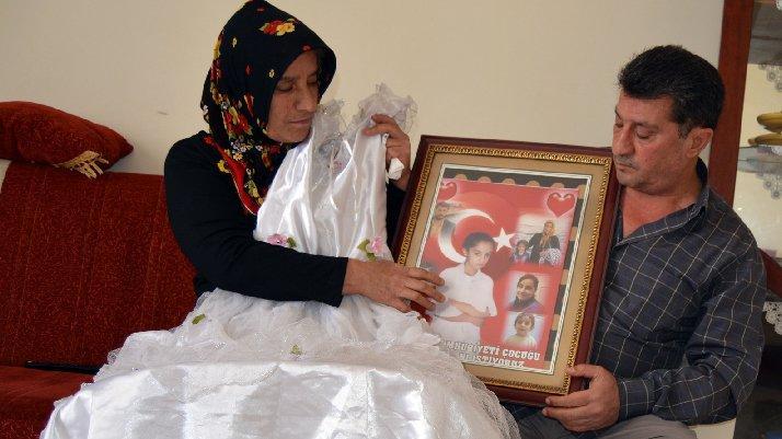 Kayıp kızı için 13 yıldır ağlıyor