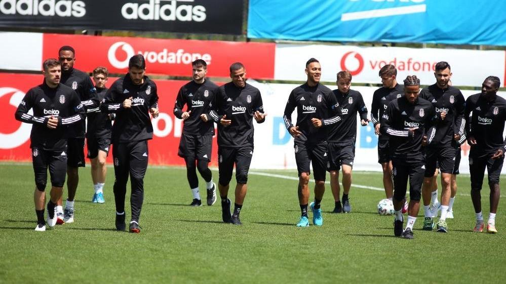 Beşiktaş'ta Aboubakar antrenmana çıkmadı, N'Koudou koşu yaptı