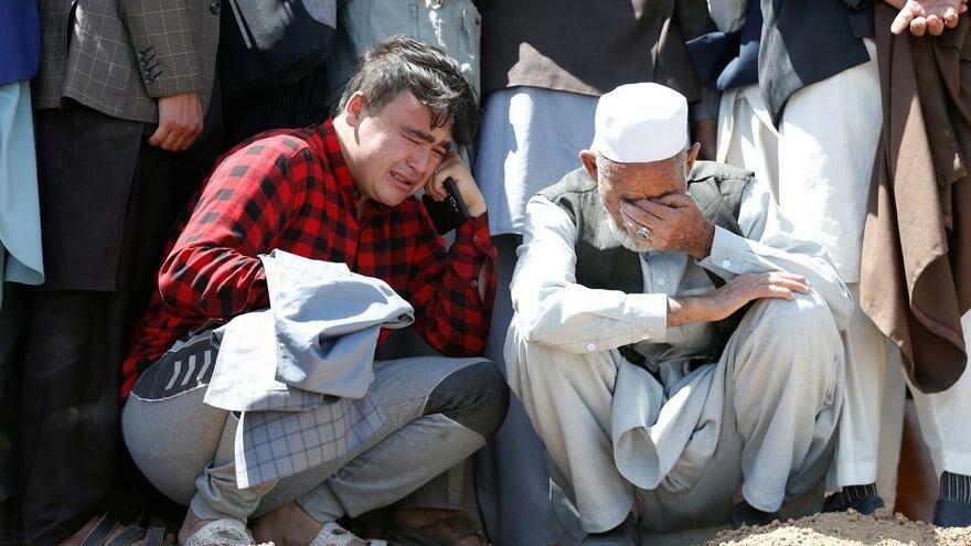 Afganistan'da otobüse bombalı saldırı: Onlarca ölü ve yaralı var