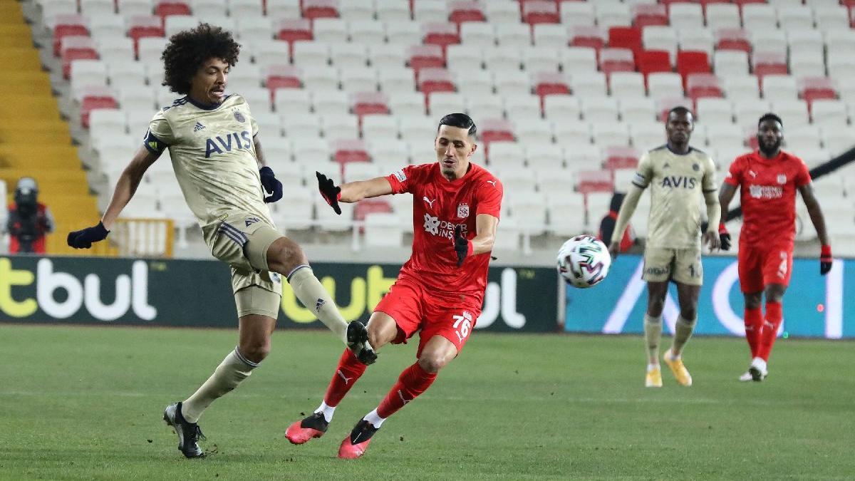 Fenerbahçe, Sivasspor'u 29 maçta 17 kez yendi