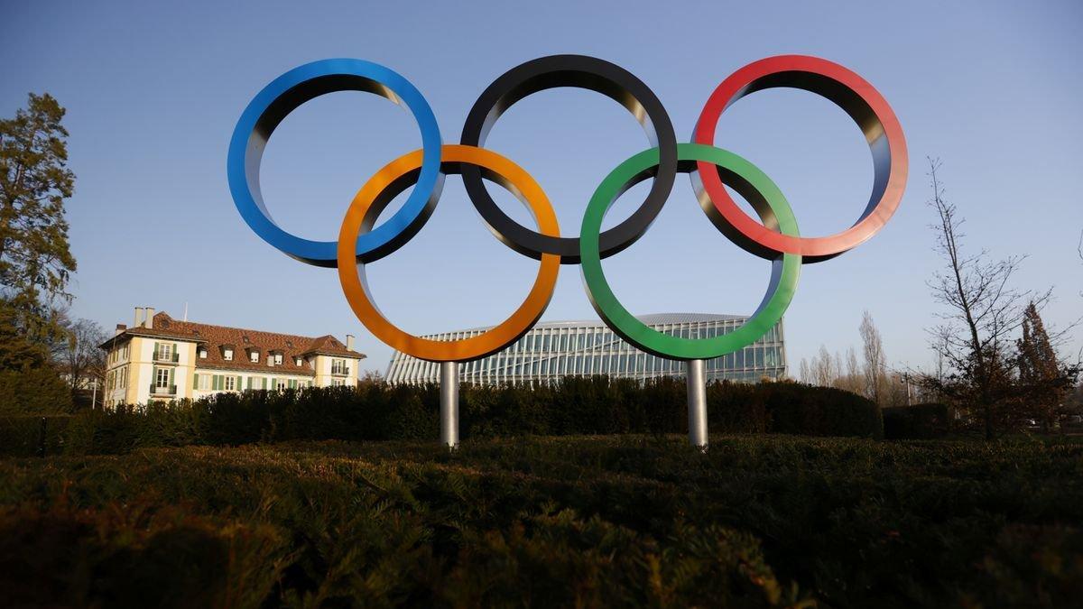Japonya'da Olimpiyatların iptal edilmesi veya ertelenmesi için protestolar yoğunlaştı