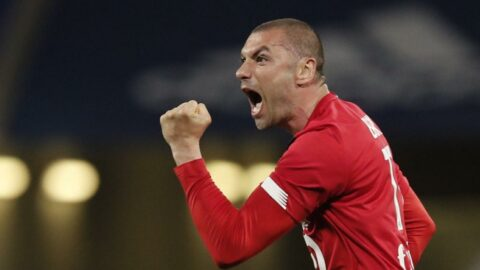 Burak Yılmaz, Fransa Ligue 1'de en iyi oyuncu ödülüne aday