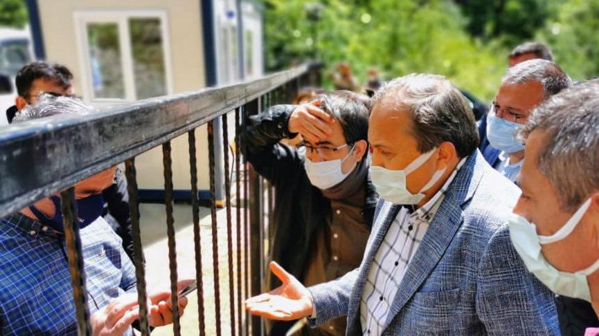 İşkencedere'de jandarmayla görüşen CHP'li Torun çalışma alanını inceledi