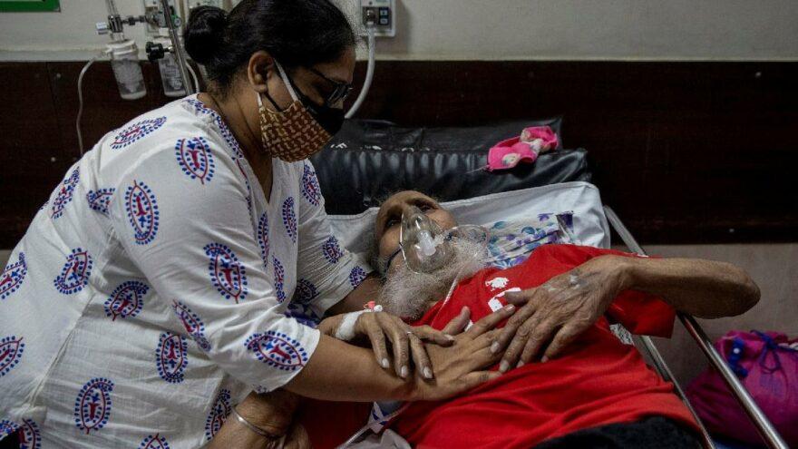 Hayatta kalma şansı yüzde 50… Hindistan'da coronayla birlikte patlama yaptı: Kara mantar