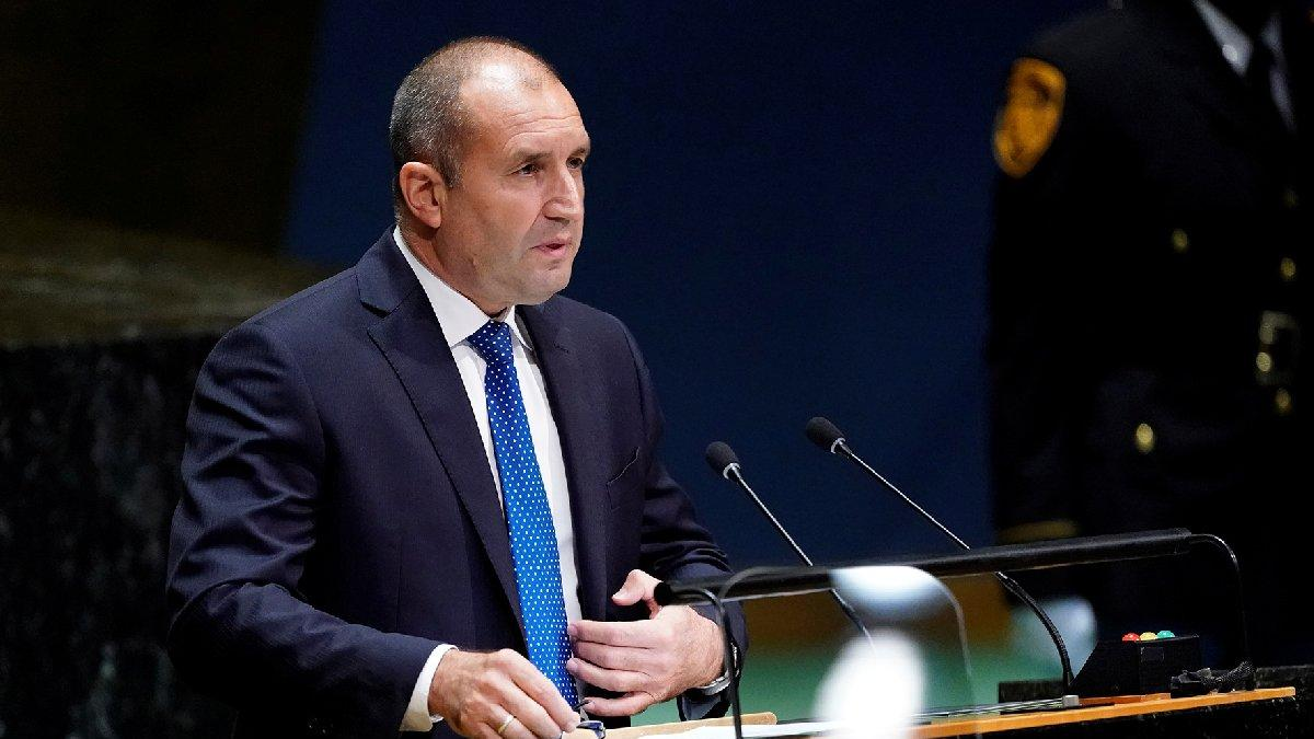 Cumhurbaşkanı Radev imzayı attı: Bulgaristan'da parlamento feshedildi