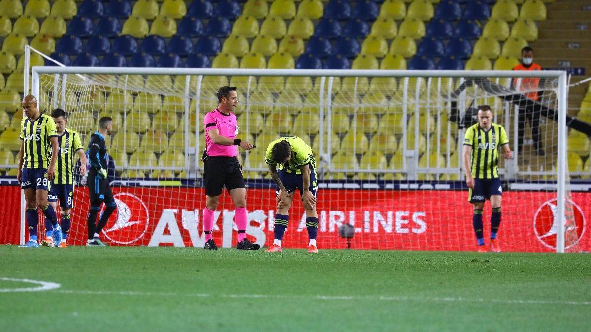 Fenerbahçe'nin final kabusu... Fatura Emre Belözoğlu'na kesildi