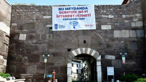 Ankara'da 27 meydan ücretsiz WI-FI'ye kavuştu