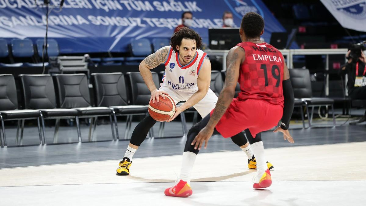 ING Basketbol Süper Ligi Play-Off: Anadolu Efes: 96 - Gaziantep Basketbol: 73