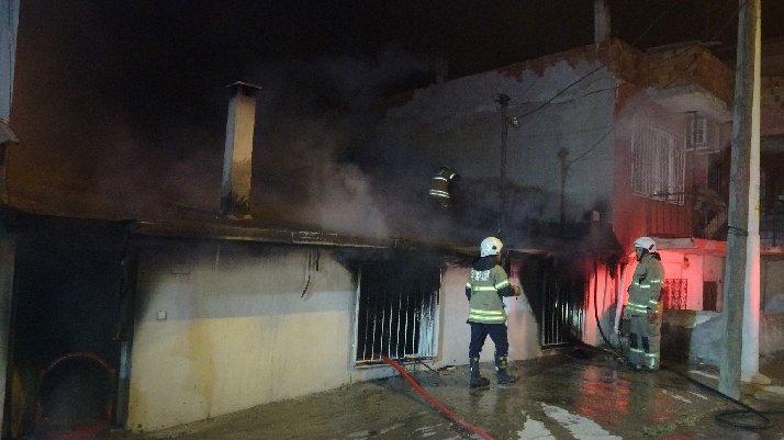 İzmir'de akılalmaz olay: Babasını diri diri yakacaktı