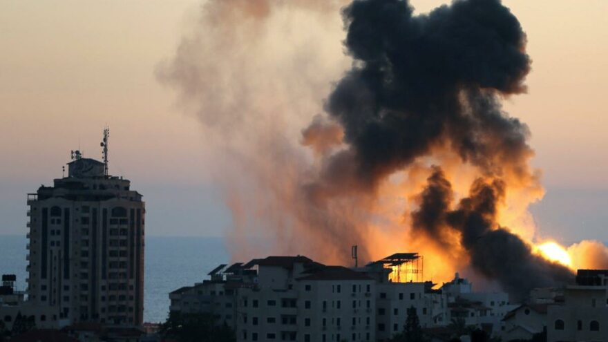 Gazze'de kayıplar artıyor… Bakanlık binası da vuruldu: Ölü sayısı 139'a yükseldi