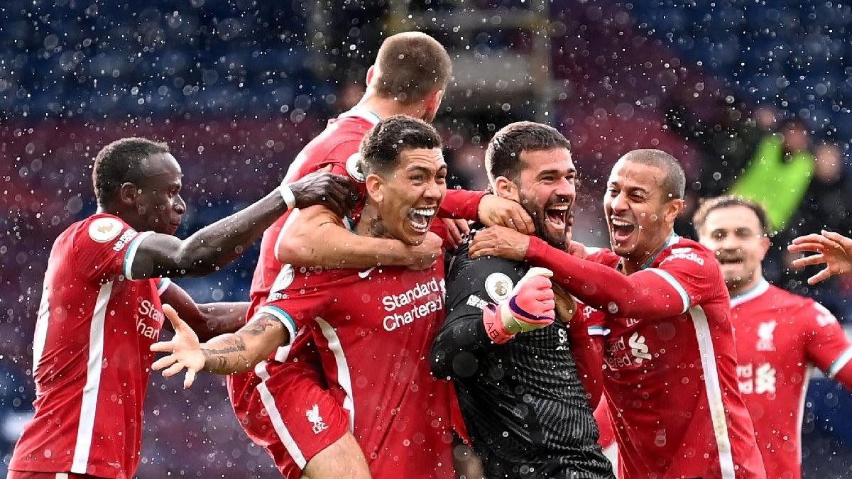 Liverpool kalecisi Alisson Becker 90+5'te attığı golle tarihe geçti