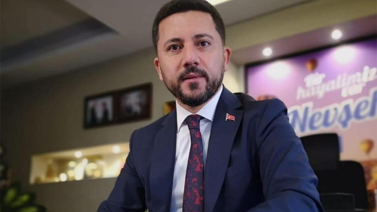 AKP'li eski belediye başkanından AKP'lilere zehir zemberek sözler: Birbirlerini satmaya başladılar